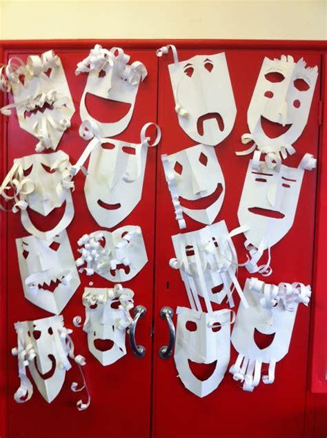 the empty oxo box greek theatre masks