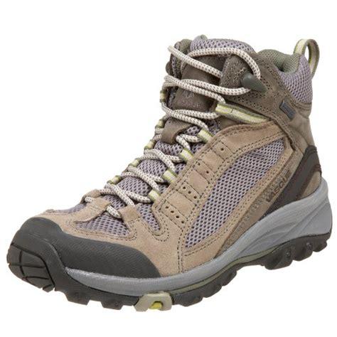 vasque women s briza gtx hiking boot best hiking shoe