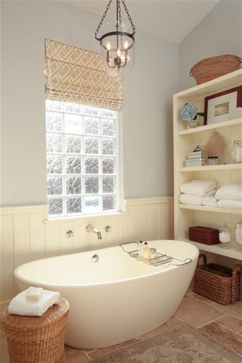 cottage tub cottage bathroom traditional bathroom
