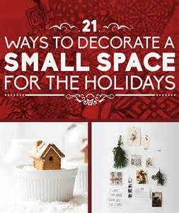 Ways To Decorate Your Home For Christmas 21 Ways To Decorate A Small Space For The Holidays