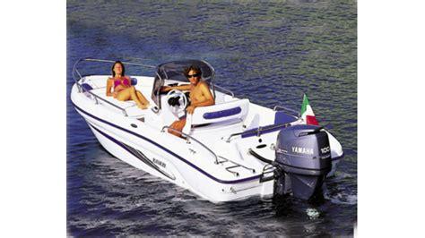 motorboot gardasee azzurra motorboote zu mieten gardasee gyc garda