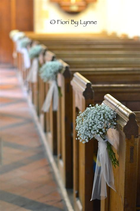 Pew Flowers For Weddings by Pew Ends On Church Wedding Flowers Winter