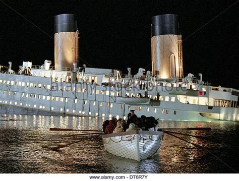titanic movie boat sinking scene titanic sinking movie stock photos titanic sinking movie