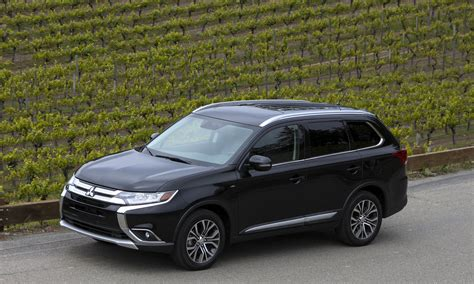 mitsubishi outlander 2016 black 2016 mitsubishi outlander first drive review 187 autonxt