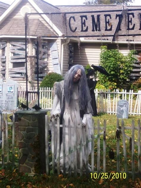 haunted backyard ideas superlative halloween yard decoration ideas