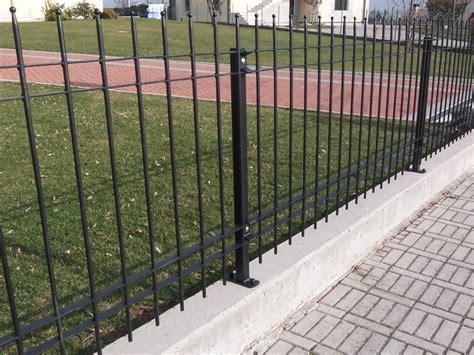 recinzione giardino economica ribes una recinzione su misura per te grigliati baldassar