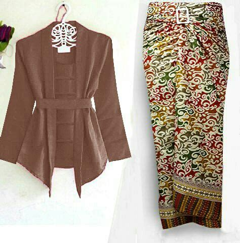 Setelan Kebaya Modern Dan Trendy 1 setelan baju kebaya kutubaru dan rok lilit panjang model