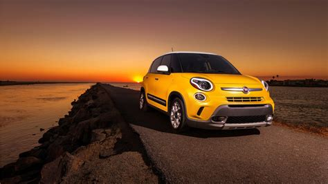 Fiat Car Wallpaper Hd by Fiat 500l Trekking Wallpaper Hd Car Wallpapers Id 7867