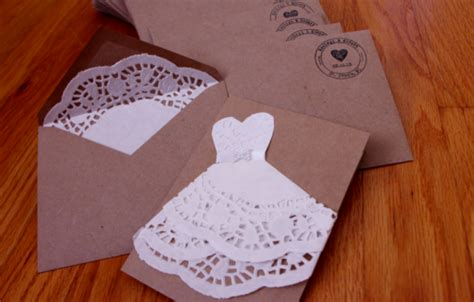 how amazing would these be for a bridal shower invite