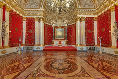 room russia photo 1601 15 room with a portrait of the great in hermitage museum st petersburg