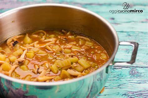 cucina seppie con piselli seppie con patate e piselli in padella ricetta facile