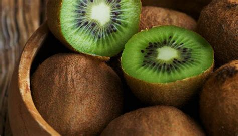 fruit with most vitamin c which fruit has the most vitamin c fruits rich in vitamin c