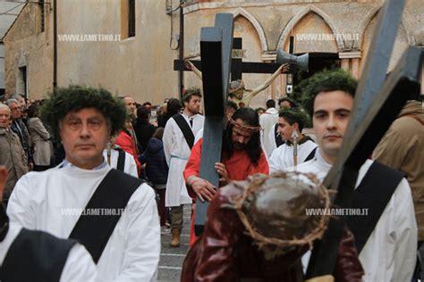 lamezia processione secolare de i mistiari la tradizione