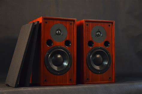 bookshelf speakers with best bass 28 images top 10