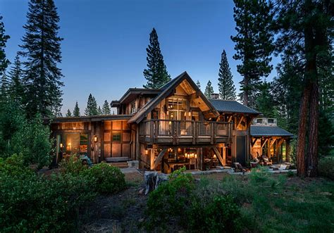 Mountain Cabins by Stunning Cabin Retreat Brings Rustic Texan Charm To Lake Tahoe