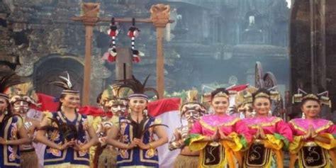 keragaman budaya indonesia beserta gambar