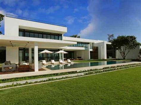 buying a beach house modelos de casas grandes y bonitas