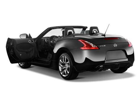 related keywords suggestions for nissan 2 door sports car