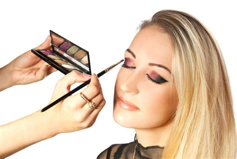 professional makeup artist los angeles makeup school academy of makeup and fashion