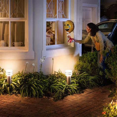 philips hue outdoor tuar wandlamp rvs white