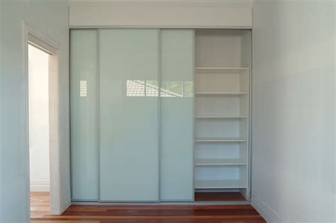 How To Build Built In Wardrobes With Sliding Doors by White Wooden Custom Made Built In Wardrobe With Multi