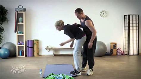 tutorial yoga video funny yoga training youtube