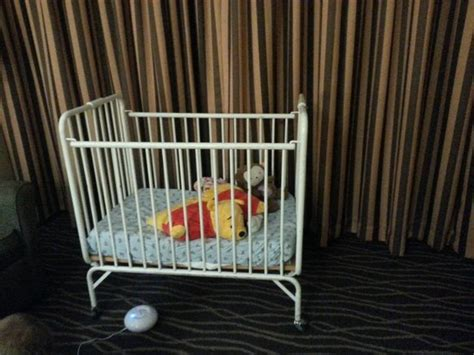 Crib Hotel by Outdated And Unsafe Crib Picture Of Doubletree