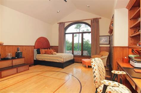 Basketball Bedroom by Basketball Half Court For Boys Bedroom Flooring Nba