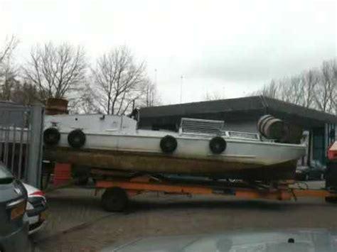 boot kopen loosdrecht sjuck franse legerboot op transport door de handigste man