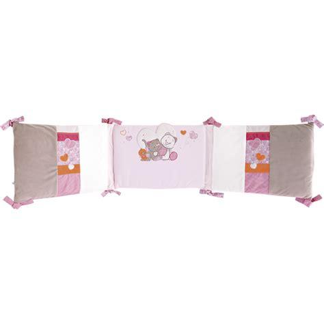 chambre bébé noukies iris babette tour de lit de noukies tours de lit aubert