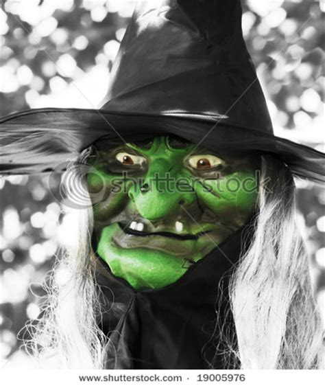 ugly green ugly witch wallpaper ugly witch face pictures