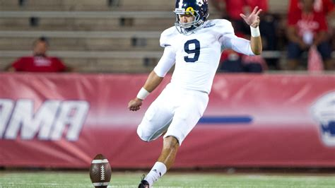 kicker for san diego chargers korean born kicker younghoe koo is trying to stick with