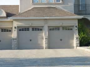 Garage Door Trim Ideas Molding And Keystones Garage Doors Exterior House