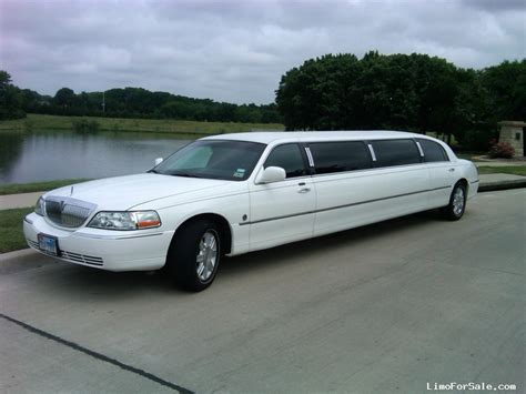 lincoln town car limo for sale used 2007 lincoln town car sedan stretch limo federal