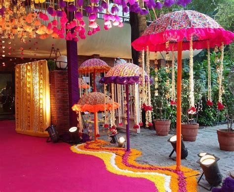 17 Best ideas about Mehndi Party on Pinterest   Mehndi