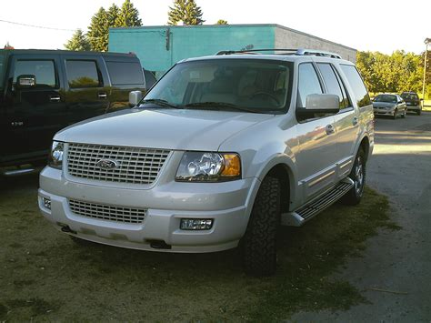 Expedition E6728 Black White ford expedition 862px image 12