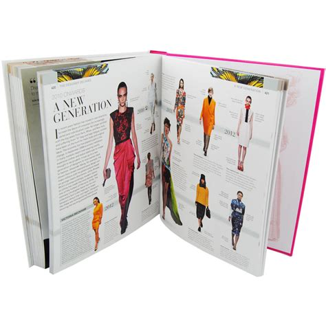 Who Wrote The Book Of Style by Fashion The Ultimate Book Of Costume And Style By Dk