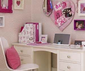 bed black decor girly hello kitty image 3534980 by pale pink hello kitty bedroom room decor and design
