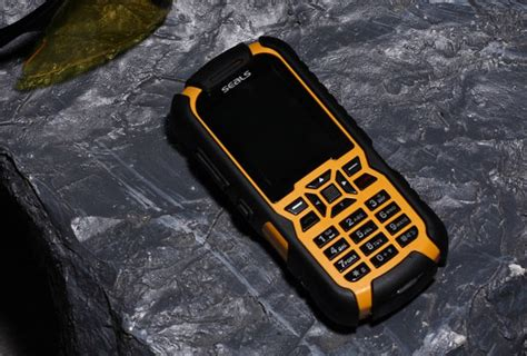most rugged mobile phone seals technology rugged mobile phone will tell where you are technabob