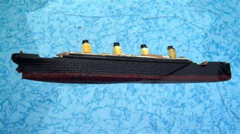 Titanic Sinking Model by Sinking Revell Titanic