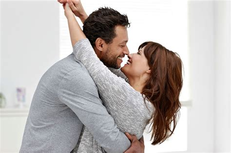 Couples Do 20 Things Happy Couples Do After Work Reader S Digest