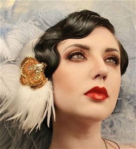 Vintage Bridal Hair Fascinators by Vintage Fascinator Sang Maestro