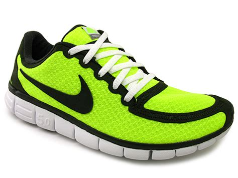 nike 5 0 running shoes review review nike free 5 0 v4 running shoes kicksologists
