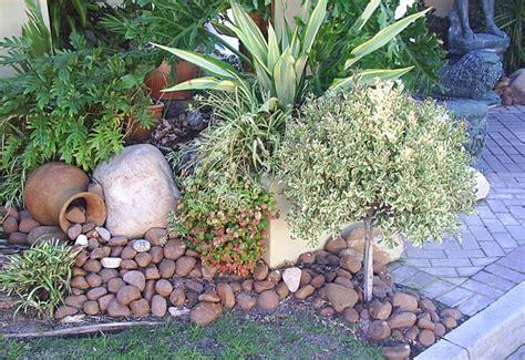 Garden Ideas With Rocks Landscaping Ideas Bark