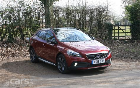 volvo v40 cross country d3 nav review 2016 cars uk