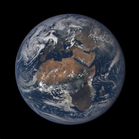 un selfie de la tierra desde el espacio completa de d 237 a un selfie de la tierra desde el espacio completa de d 237 a