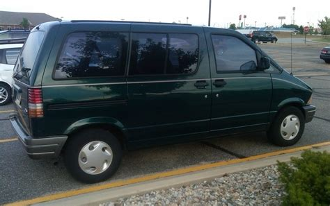 curbside classic 1995 ford aerostar how hard can it be