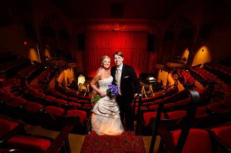 lexington opera house rachel tommy lexington kentucky wedding photographer adam padgett