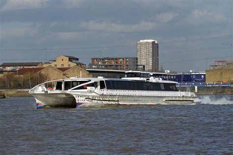 thames clipper boat thames clippers river thames london passenger boats