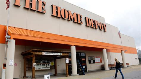 home depot hiring 3 000 in chicago abc7chicago